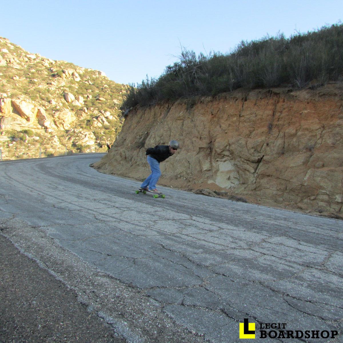 barrett-junction-outlaw-event-downhill-longboarding-tuck-46.jpg