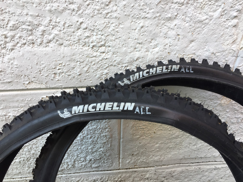 michelin-dh-mud-acc-0.jpg