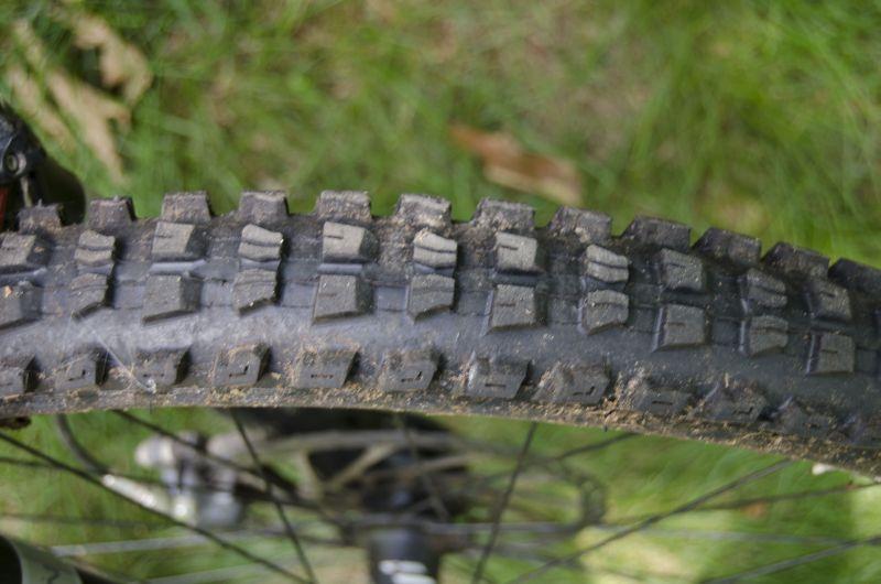 Scratch_Front_Tire.jpg